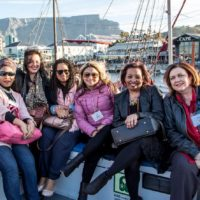 blog050-002-harbour-tablemountain-woman